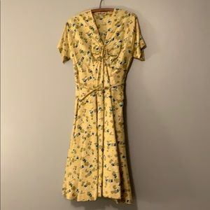 """Dresses & Skirts - Vintage """"youth guild"""" yellow belted dress"""